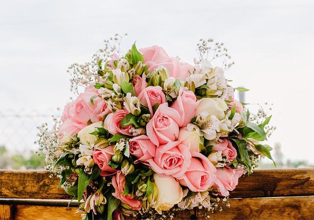 כיצד בוחרים סידורי פרחים